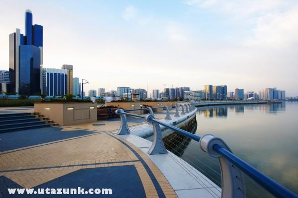 Adu Dhabi - Tengerpart
