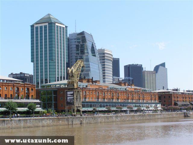 Buenos Aires, Üzleti negyed a dokk mellett