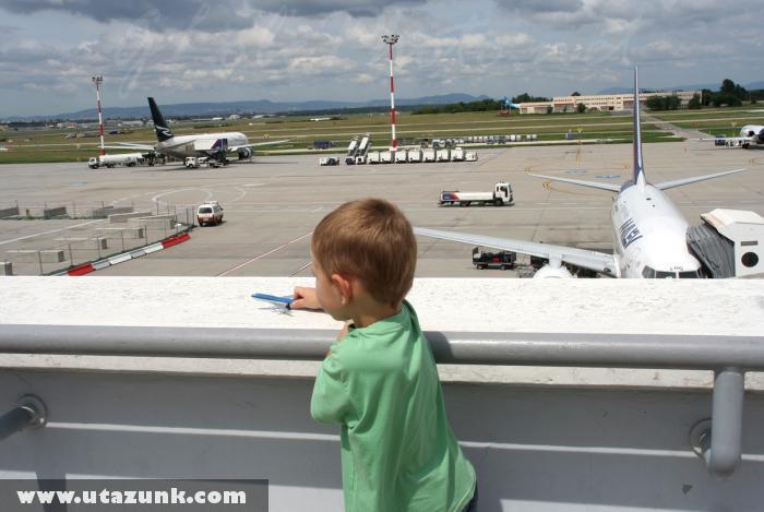 Kilátás a Ferihegyi 2/B terminálon