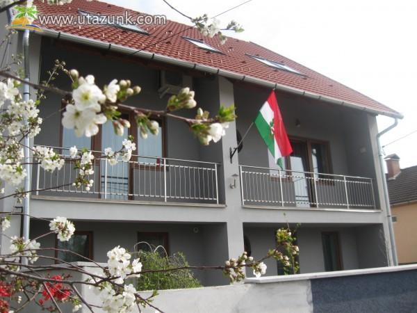 Villa Rigo Panzió - tavaszi hangulatban