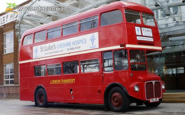 A híres, londoni kétszintes busz