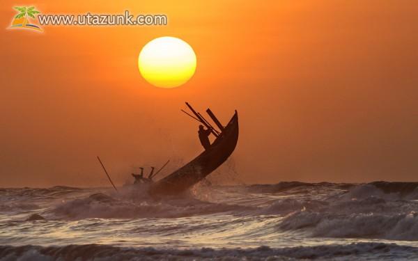 Tengeri horgászat naplementében