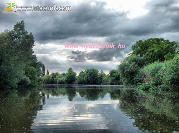 www.nyaraloink.hu