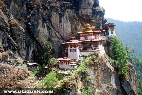 Butháni kolostor a sziklákon