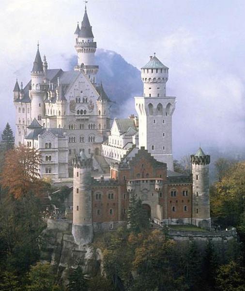 Mesebeli kastély