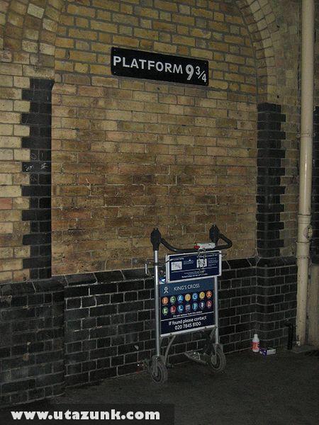 Harry Potter kultusz hely Londonban a King's Cross Pályaudvaron