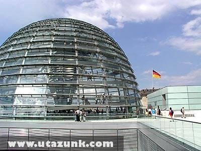 A berlini Reichstag üvegkupolája
