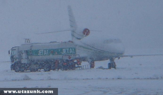 Hóvihar a reptéren