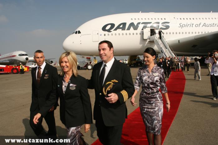 A Qantas új pilótája John Travolta