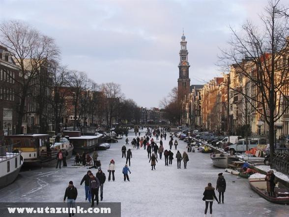 Amszterdamból egy nagy korcsolyapálya