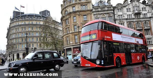 Forgalomba álltak az új buszok Londonban