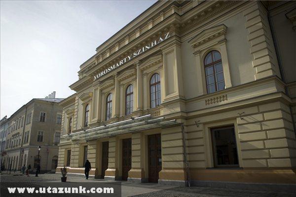A Vörösmarty Színház épülete Székesfehérváron