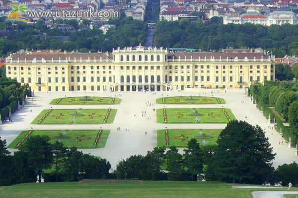 Schönbrunni kastély Bécsben - Ausztria