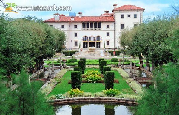 Vizcaya Museum & Gardens - Florida
