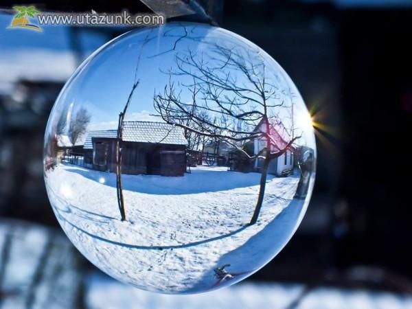 Tanyasi turizmus, téli üveggömb