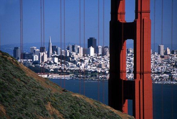 San Francisco, elõterében a Golden Gate