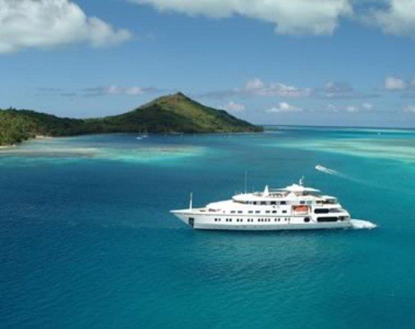 Magánhajó Polinéziában