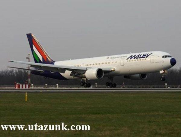 Berepülésen a Malév legnagyobb repülõgépe