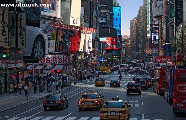 Hétköznap a Broadway-n!
