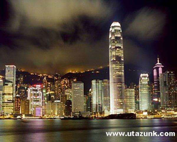 Hong Kong (esti fényben)