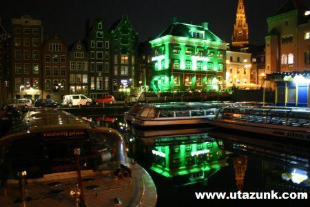Amszterdam esti fényei