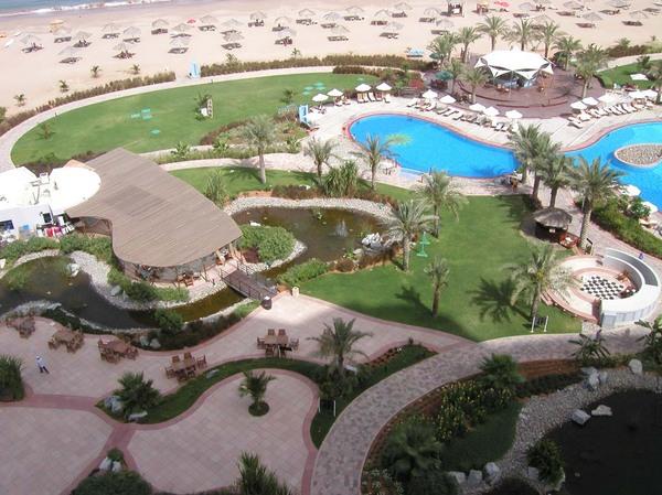 Dubai szálloda nappal!