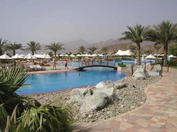Dubai szálloda nappal 2.