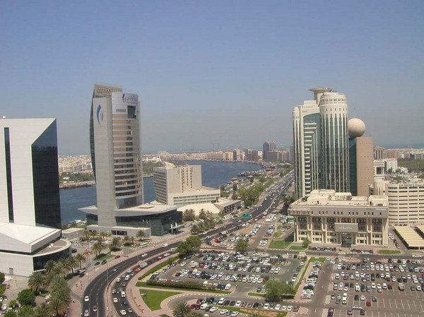Dubai látványa.