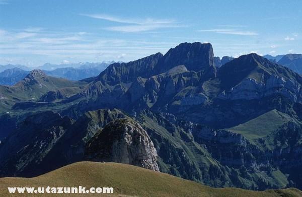 Az egyik hegy tetején