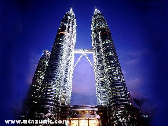 A Petronas tornyok Kuala Lumpur-ban