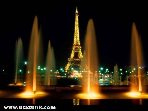 Eiffel Tower at Night, Párizs, Franciaország