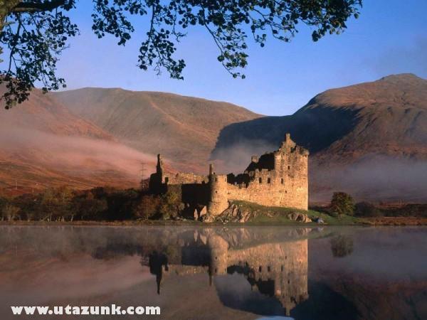 Kilchurn Castle,  Loch Awe, Skócia