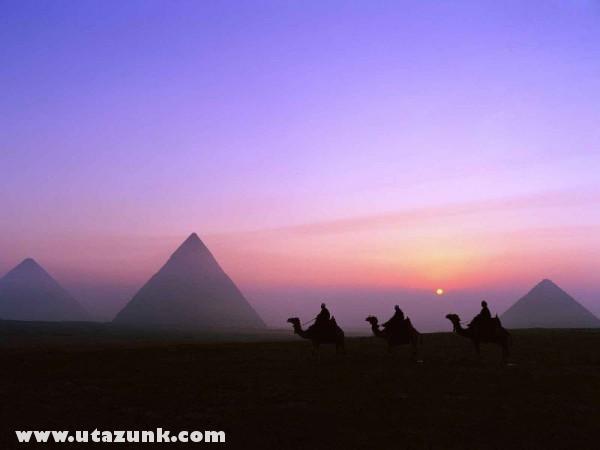 Mystic Journey, Pyramids, Giza, Egyiptom