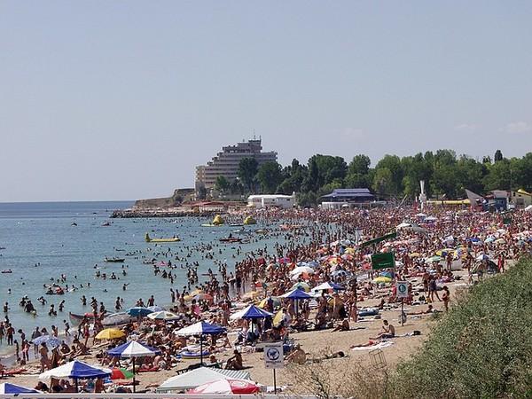 Román tengerpart 2