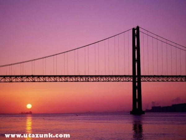 Ponte 25 de Abril, Liszabon