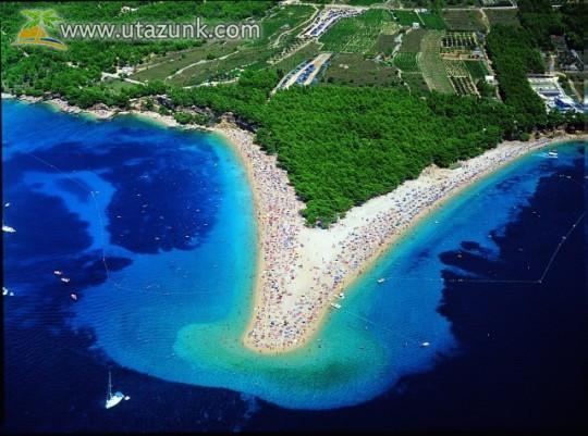 Brač szigeten van Bol, a csodálatos partját nagyon szeretjük!