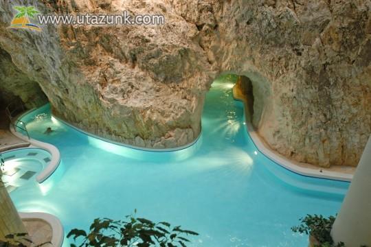 Miskolctapolca, Barlangfürdő